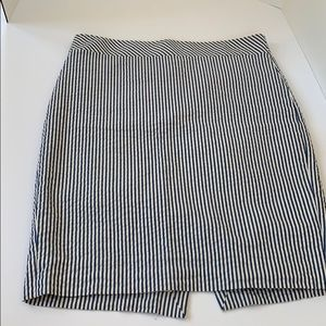 Jcrew cotton seersucker pencil skirt